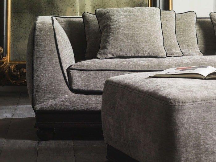 divano classico in tessuto