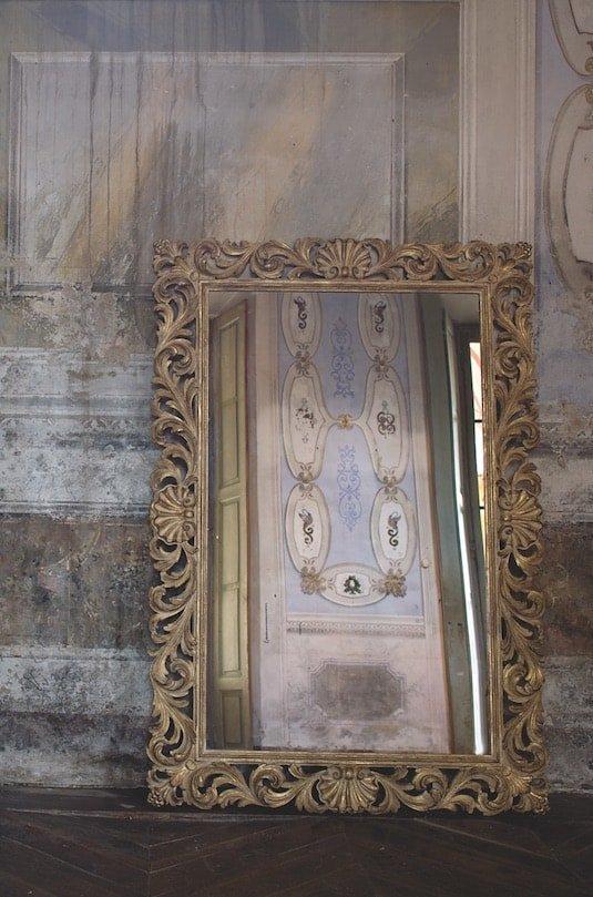 arredi classici: specchiera
