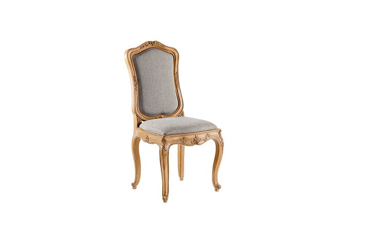 sedia grigia: articolo 2131