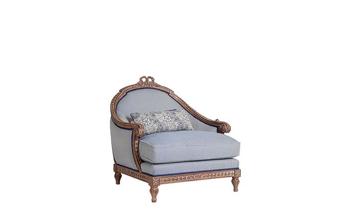 Solid Wood Fabric Armchair: article 2154